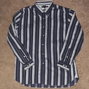 Tommy Hilfiger xl button up shirt